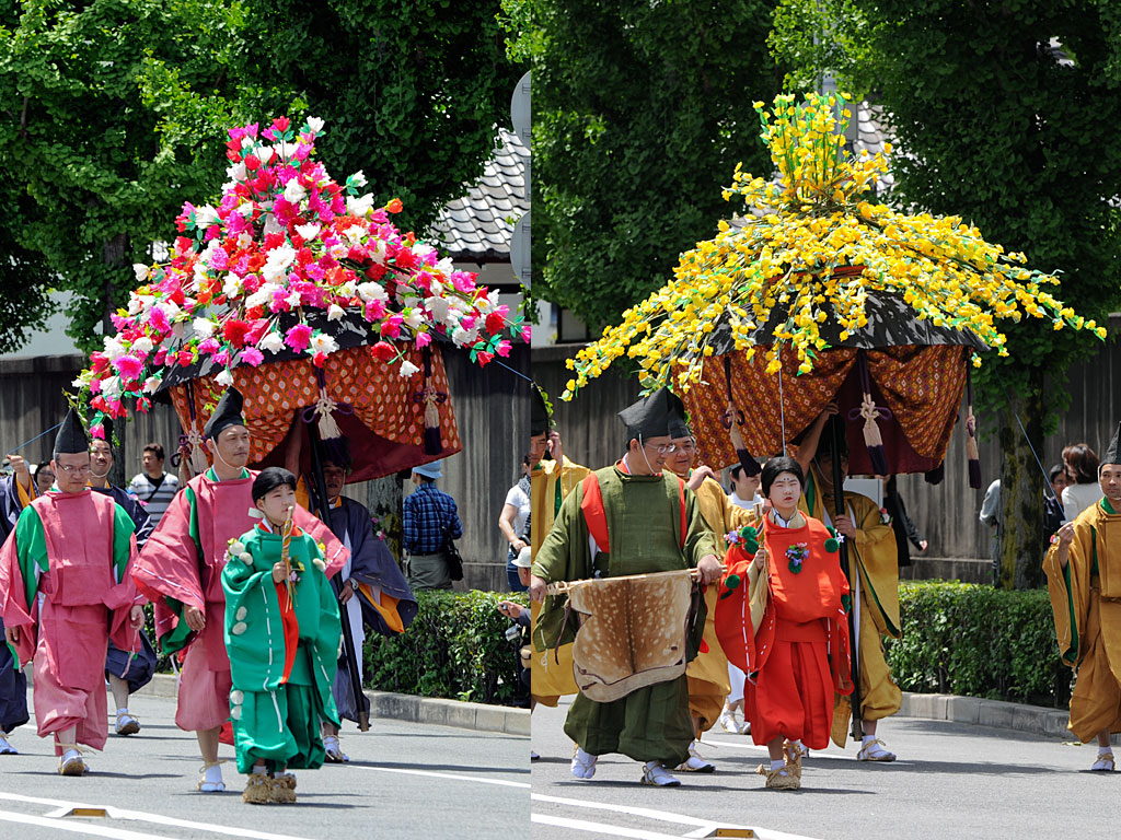 葵祭(4)風流傘 ↑風流傘です。↑斎王代列の女官たちです。↑斎王代です。内親王なら斎王です...